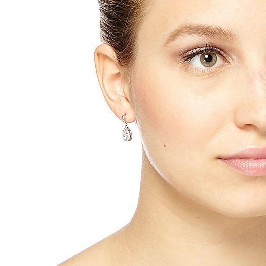 Boucles d'oreilles blanche Tiffany dorée à l'or fin et CRISTAUX DE SWAROVSKI ®
